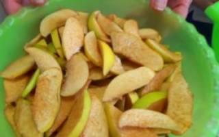 Варенье из айвы с орехами